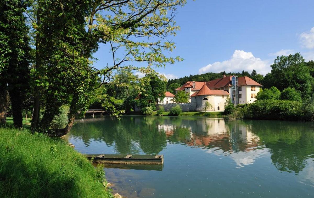 Otočec u Sloveniji