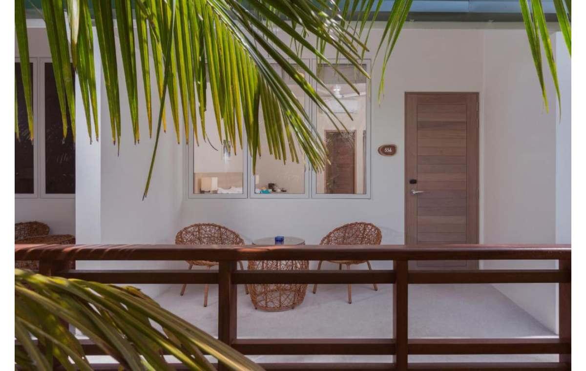 Hotel Malahini Kuda Bandos